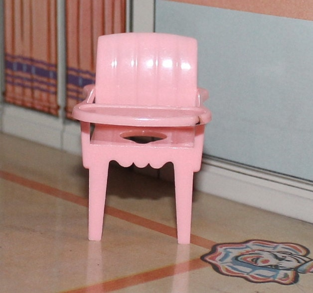 Marxie Mansion Dollhouse Plastic Furniture Potty Chair