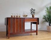 Mid Century Modern Buffet / Side Bar