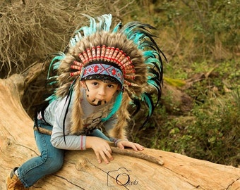 N33- From 5-8 years Kid / Child's: Turquoise and black feather Headdress 21 inch. – 53,34 cm.