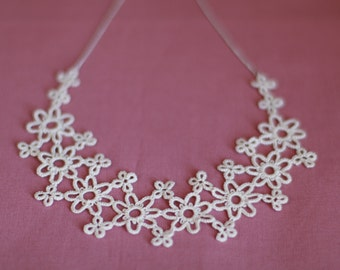 Tatted Lace Necklace - Bridal Jewelry - Vintage Accessory