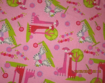 Flannel crib sheet: Giraffes/Zebras