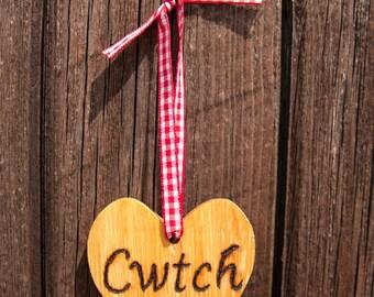 Cwtch hard wood heart