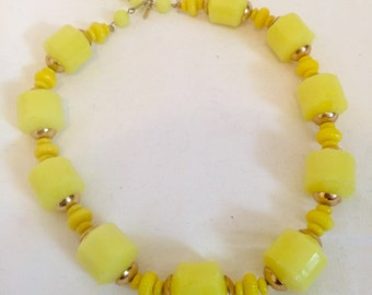 1960's Yellow Beaded Necklace, Vintage Plastic Yellow Necklace, Statement Necklace Yellow