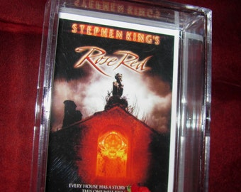 """Stephen Kings """"Rose Red"""" Display..ready to ship....."""