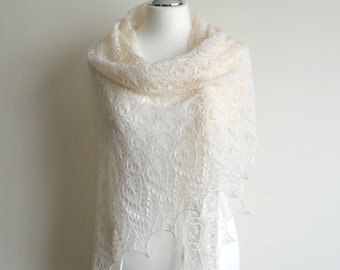 Off white hand knitted lace shawl wedding silk merino luxury triangular handmade