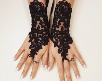 FREE SHIP Wedding Gloves, Black lace gloves, Fingerless Gloves, bride, bridal gloves, Steampunk, gothic gloves, Victorian gloves