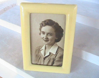 """Antique French Ivory Celluloid Picture Frame - 5"""" x 4"""""""