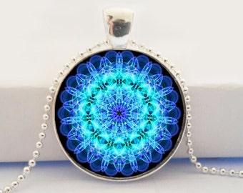 collar mandala picture pendant necklace