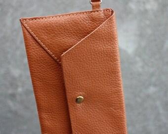 Vintage  POVERTY FLATS Genuine Leather Brown Wristlet