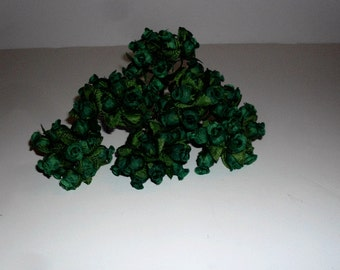 Small Hunter Green Rose Buds with Green Leaves, 96 Rose Bud stems/ Scrapbooking, wedding Flowers 443202