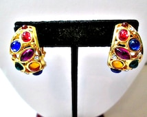 Pretty Joan Rivers Signed Clip On Earrings Classic Jewelry Collection Lucite Jewel Tone Stones Crystal Accents Huggie Style