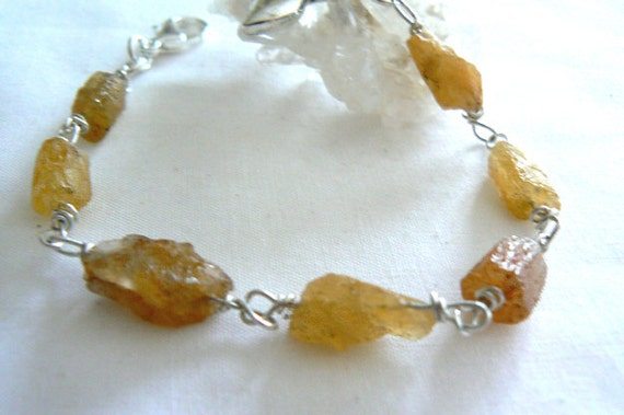 Raw aquamarine gemstone bracelet -Rough heliodor aquamarine bracelet -Wire wrapped silver bracelet- Women yellow aquamarine- Jewelry gift
