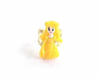 Yellow princess ring