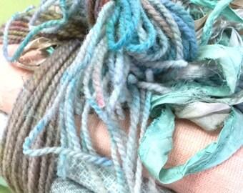 Rug Hooking Wool Fabric Bundle - Mother of Pearl
