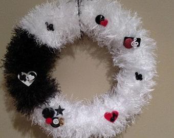 Fuzzy Musical Wreath