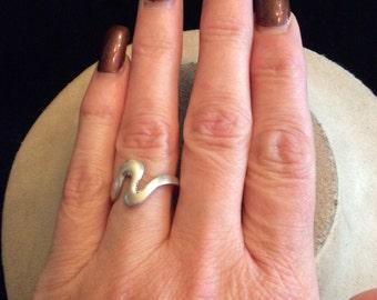Vintage Sterling Silver Zig Zag Ring Sz.8