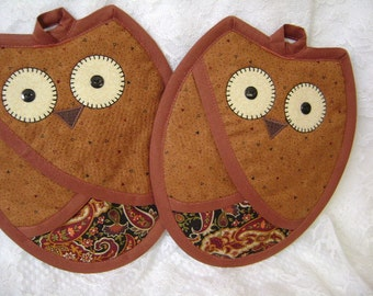 Burnt Orange And Paisley Owl Potholders, Owl Hot Pads, Owl Oven Mitts, Pocket Potholders