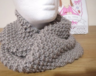 Handknitted ladies scarf/snood