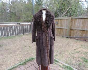 Vintage Fur Lined Suede Coat,Vintage Coat,Vintage Leather Coat,Leather and Fur Coat,Fully Lined with Fur Coat,Vintage Car Coat,Ladies Coat