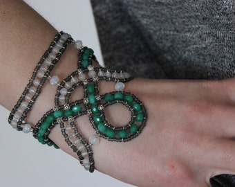 GREEN JADE * handmade beaded bracelet * one of a kind, perfect for gift!