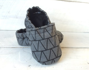 Geometric Gray and Black Baby Shoes. Baby Shoes. Boy Baby Shoes. Boy Shoes.