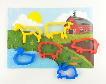 Farm playmat with animal cutters