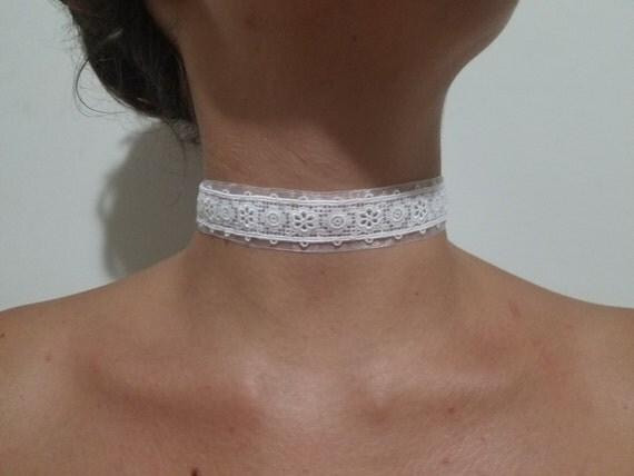 White lace and white chiffon adjustable choker