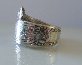 LaRose 1938 Hand Crafted Spoon Ring