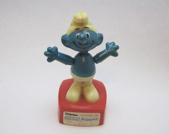Vintage 1980 Wallace Berrie Helm Peyo Smurf Push Puppet Toy Made in Hong Kong British Patent Great Collectible
