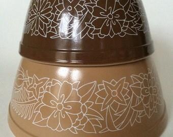 Pyrex Woodland Pattern Mixing Bowls 401 & 402
