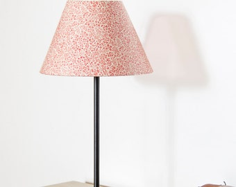 Table lamp / Conic lampshade. RED FLOWERS printing. With black foot