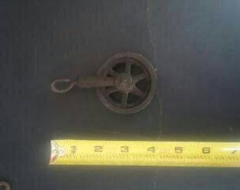 Vintage working pulley