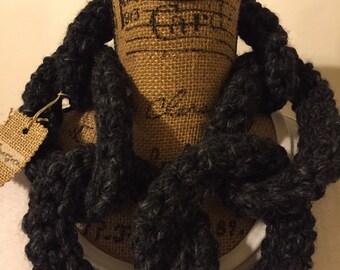 Choker Chain Scarf in charcoal
