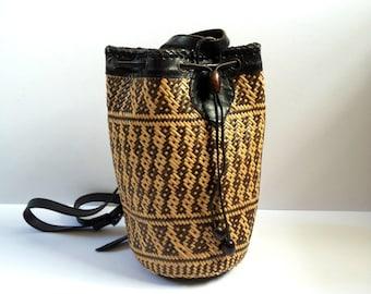 Vintage Wicker Rucksack. Vintage Straw Handbag. Two Toned Wicker Bag. Straw Bag. Straw Rucksack. Wicker Basket Bag. Two Tone Rucksack.