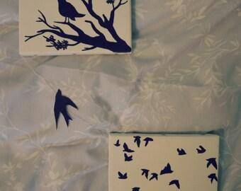 2 quadretti per nursery o home decor con rondini uccelli ramo 10x15 con dettaglio ad effetto: rondine volante tra i due quadri