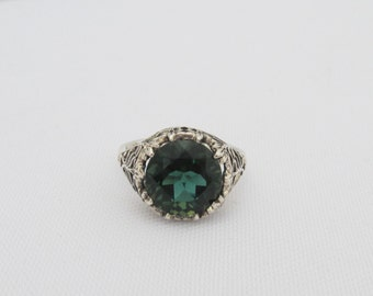 Vintage Sterling Silver Emerald Filigree Ring Size 5.75