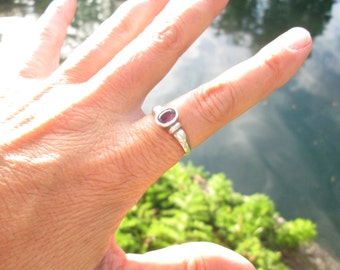 Vintage amethyst and Sterling Silver Ring Size 8