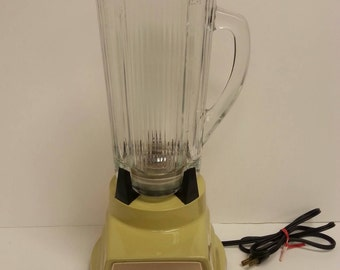 Free Shipping!! Waring Deluxe Push Button Blender Harvest Gold Model 1191 WORKS