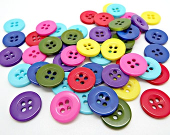 50 Round Buttons, Mixed Color Buttons, Resin Button, Round Fasteners, Crochet Supplies, Knitting Buttons, 15mm Buttons, UK Craft Supplies