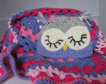 Newborn carseat hat and blanket set