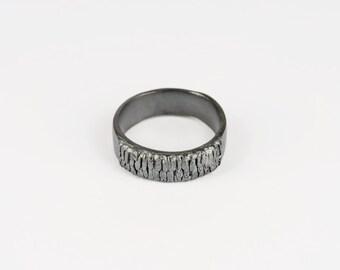 Mens Anemone Ring
