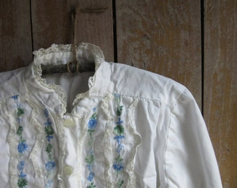 Vintage Child's Peasant Blouse, Girl's Shirt, Prairie, Rustic, White Cotton, Blue Green Flowers,Embroidery,Lace,Button Down Shirt,Size Small