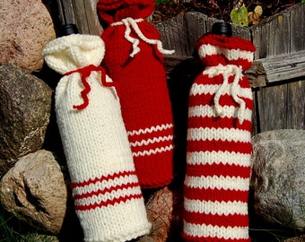 Hand Knit Wine Cozy,  Knit Bottle Cover, Knitted Christmas Bottle Cozy,  Bottle Sweater , Hostess Gift,  Holiday Cover, Christmas  gift