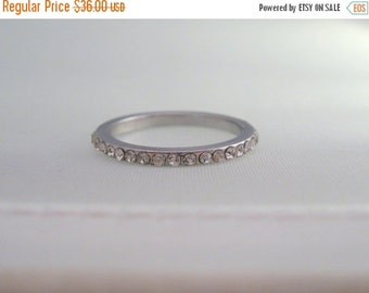 ON SALE Stacking Ring Crystal Jewelry Size 6.25 Sterling Silver Ring Vintage  ca 1990's #693