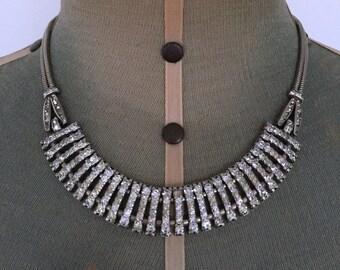 Art Deco Silvertone Crystal Necklace in Superb Condition
