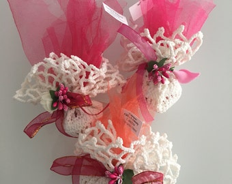 Crochet wedding favors