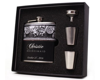 Wedding Party Gift // 1 Personalized Flask Gift Set for your Bridesmaid or Maid of Honor