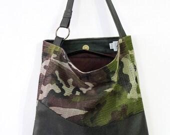 Tita Shoulder Handbag