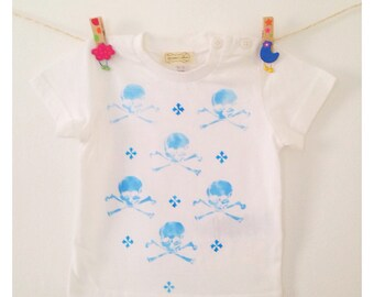 Skulls T-shirt in blue for boys and girls