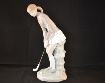 A Beautiful Retired LLADRO Figurine - Lady Golfer - 4851 - Glazed - 1st Quality